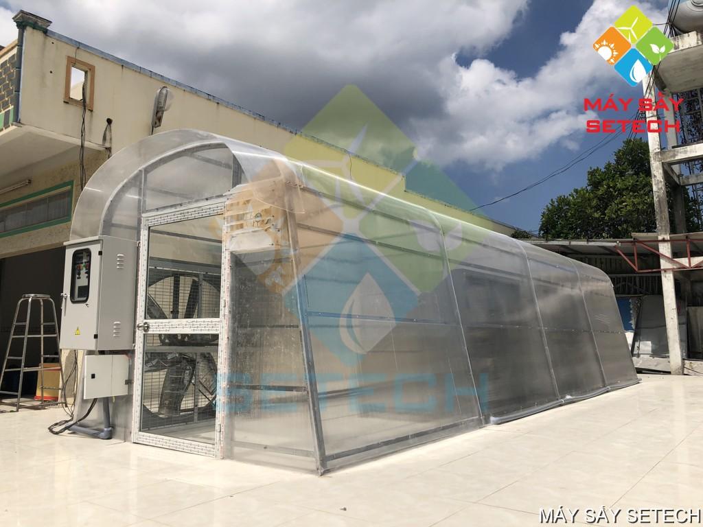 Nhà sấy cá cơm do Công ty Cổ phần Công nghệ Năng lượng bền vững Việt Nam (SETECH) lắp đặt ở Cà Mau