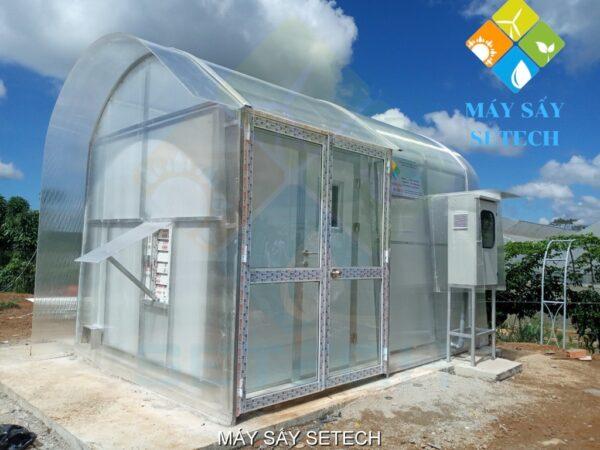 Máy sấy năng lượng mặt trời quy mô vừa